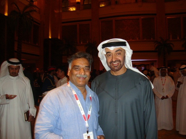 Dr._Rajani_Kant_with_HH.Sekh_Mohamad_bin_Zayed_Al_Nahiyan_Crown_Prince_of_Abu_Dhabi_in_WFES-2012
